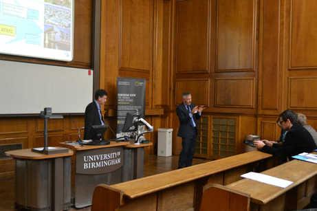 Professor Freer (l) and Gordon Waddington open the ERA seminar - acr journal
