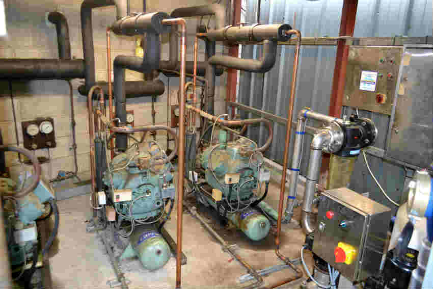 DK Heat recovery kit on the compressors