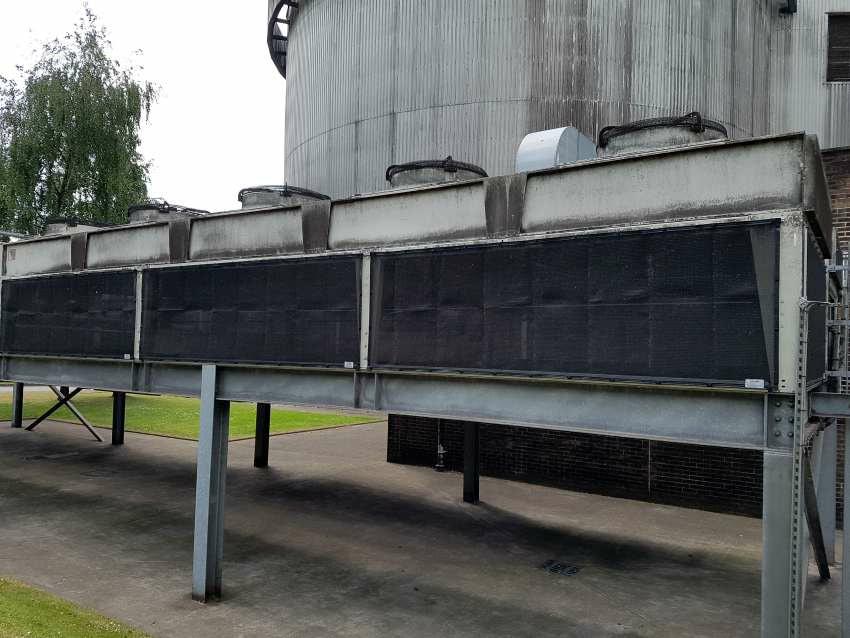 HVAC maintenance air intake screen