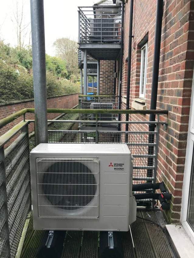 air course heat pump apartment