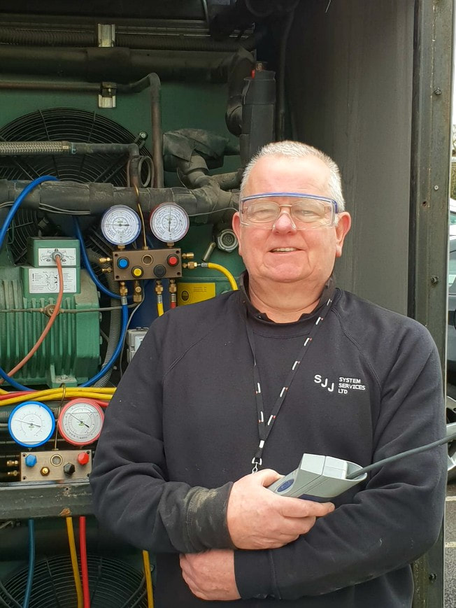 ior service engineer air conditioning refrigeration heat pump award