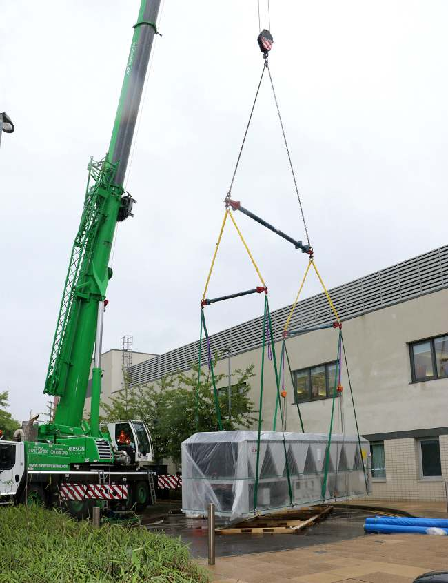 air conditioning cooling hospital chiller, installation replacement