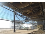 Wind protection screens for air cooled condensers