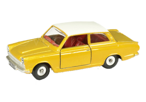 3.-In-June-1963,-Dinky-Toys-released-the-Ford-'Cortina'-Saloon,-as-model-No.139.-This-later-version-became-model-No-133.-20875.jpg