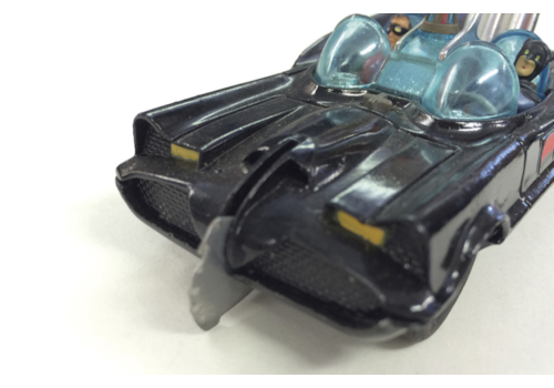 Corgi-Batmobile-2-97746.jpg