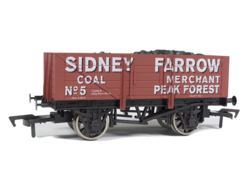Dapol-five-plank-open-wagon-–-Bagnall-Locomotive-Group-exclusive-70377.jpg