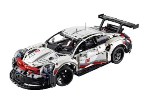 LEGO-TECHNIC-Porsche-911-RSR-99723.jpg