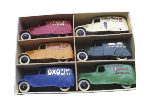 M-and-M-Auctions-tinplate-set-39115.jpg
