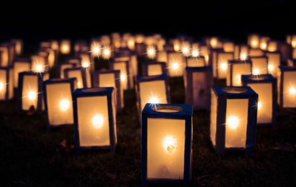 Candles-07022.jpg