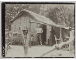 Frederica-Bell-and-'Willie',-Denham-Bay,-Raoul-Island,-Kermadec-Islands-25731.jpg
