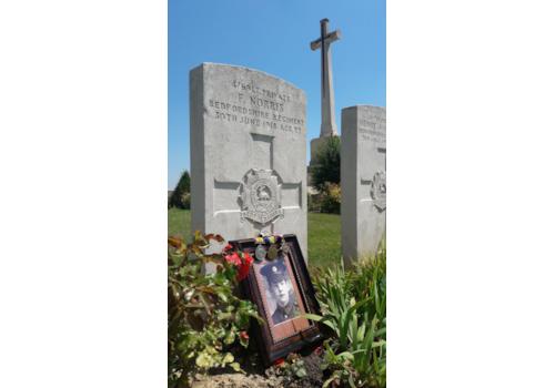 Frederick-Norris-grave-39389.jpg