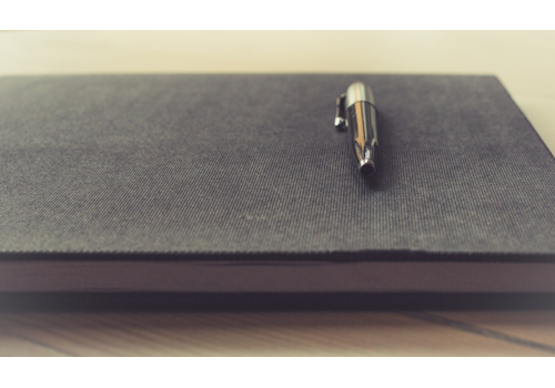 Pen_on_a_notebook_(Unsplash)-03049.jpg