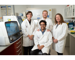 QUT-Dr-Kirsty-Wright,-PhD-student-Andrew-Ghaiyed---front,-PhD-student-Kyle-James,-QUT-Prof-Lyn-Griffiths-46882.jpg