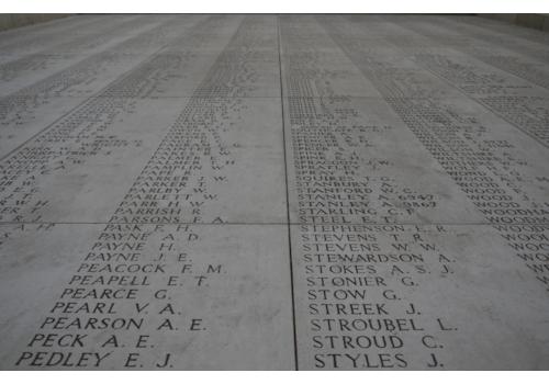 memorial-plaque-1021415_1280-95218.jpg