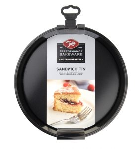 sandwich cake tin British