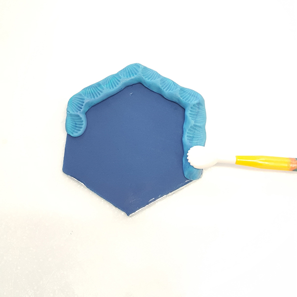 shell and blade modelling tool for embossing