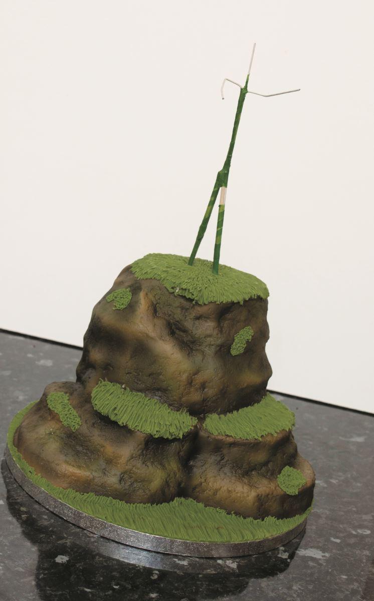 Zombie cake step 12