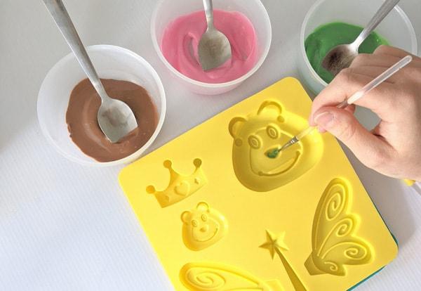 Caterpillar cake step 14
