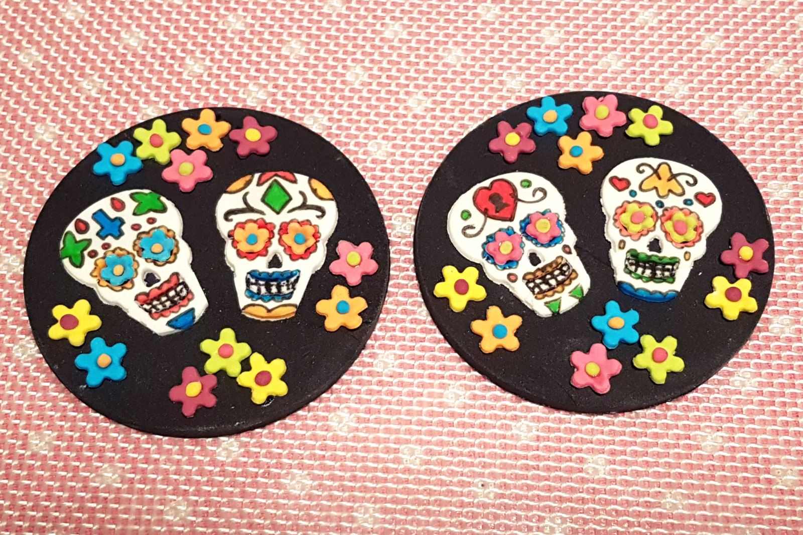 Day of the Dead Halloween Cupcakes step 28