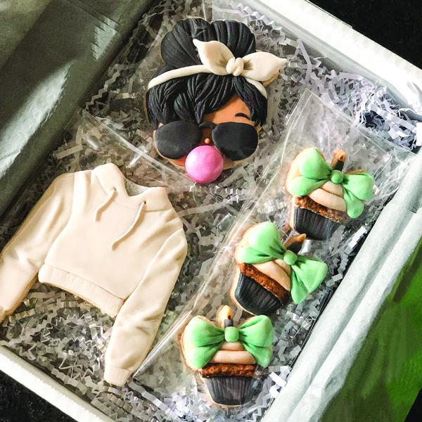 The Sugarcraft Contessa letterbox treats