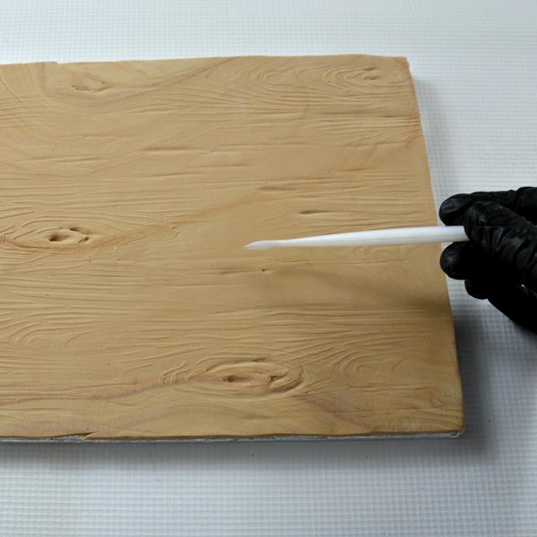 enhancing wood grain cake texture with dresden tool