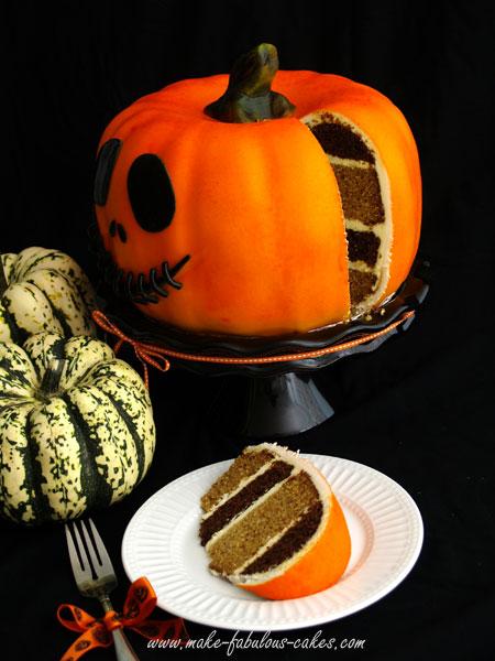 450xNxpumpkin-cake-slice.jpg.pagespeed.ic.e5BqXjX64_
