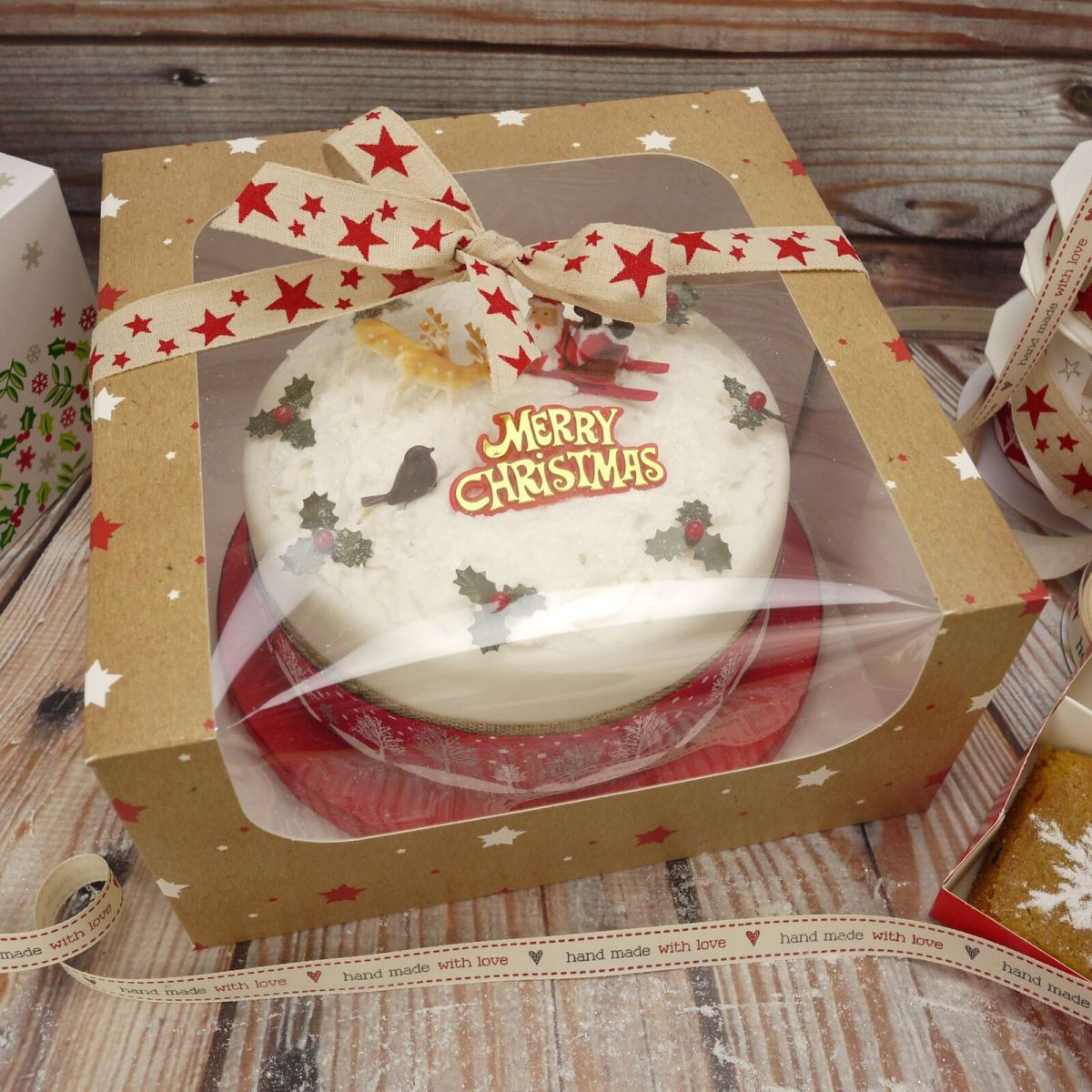 Exclusive new Christmas cake box