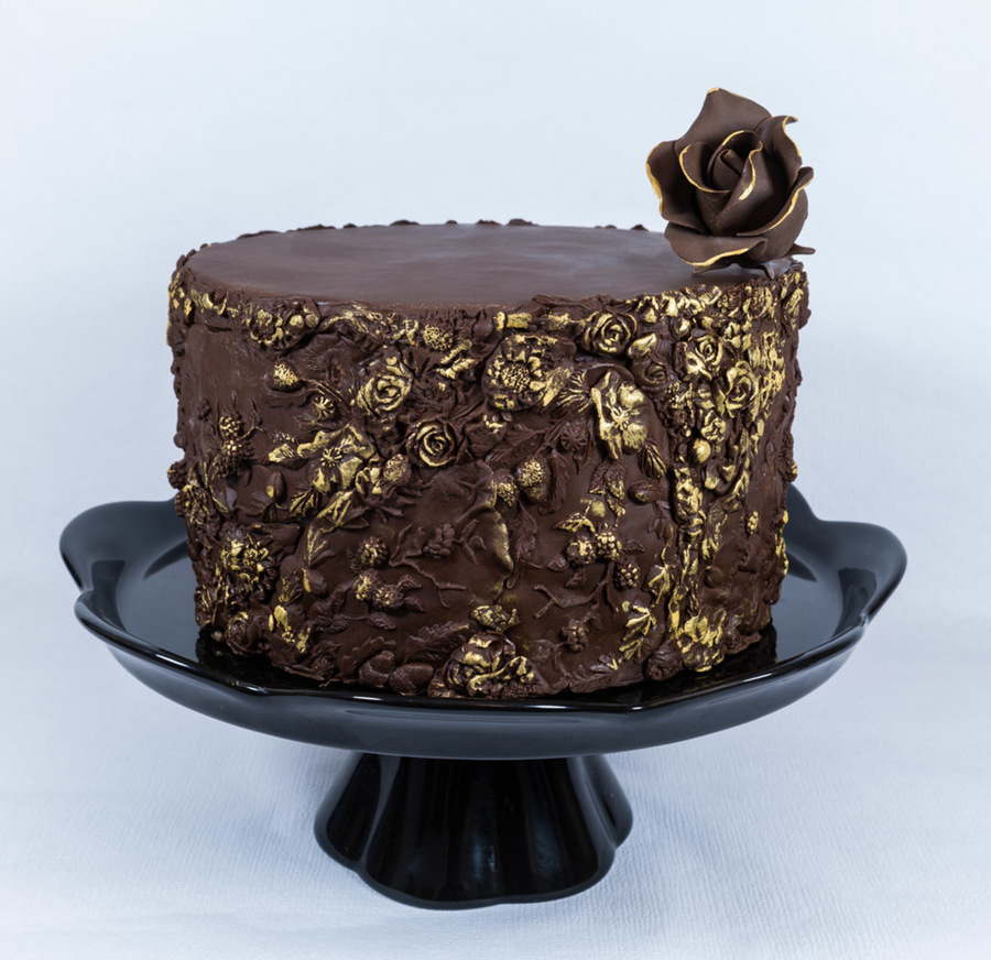 900_3slBwccNjS-bas-relief-cake
