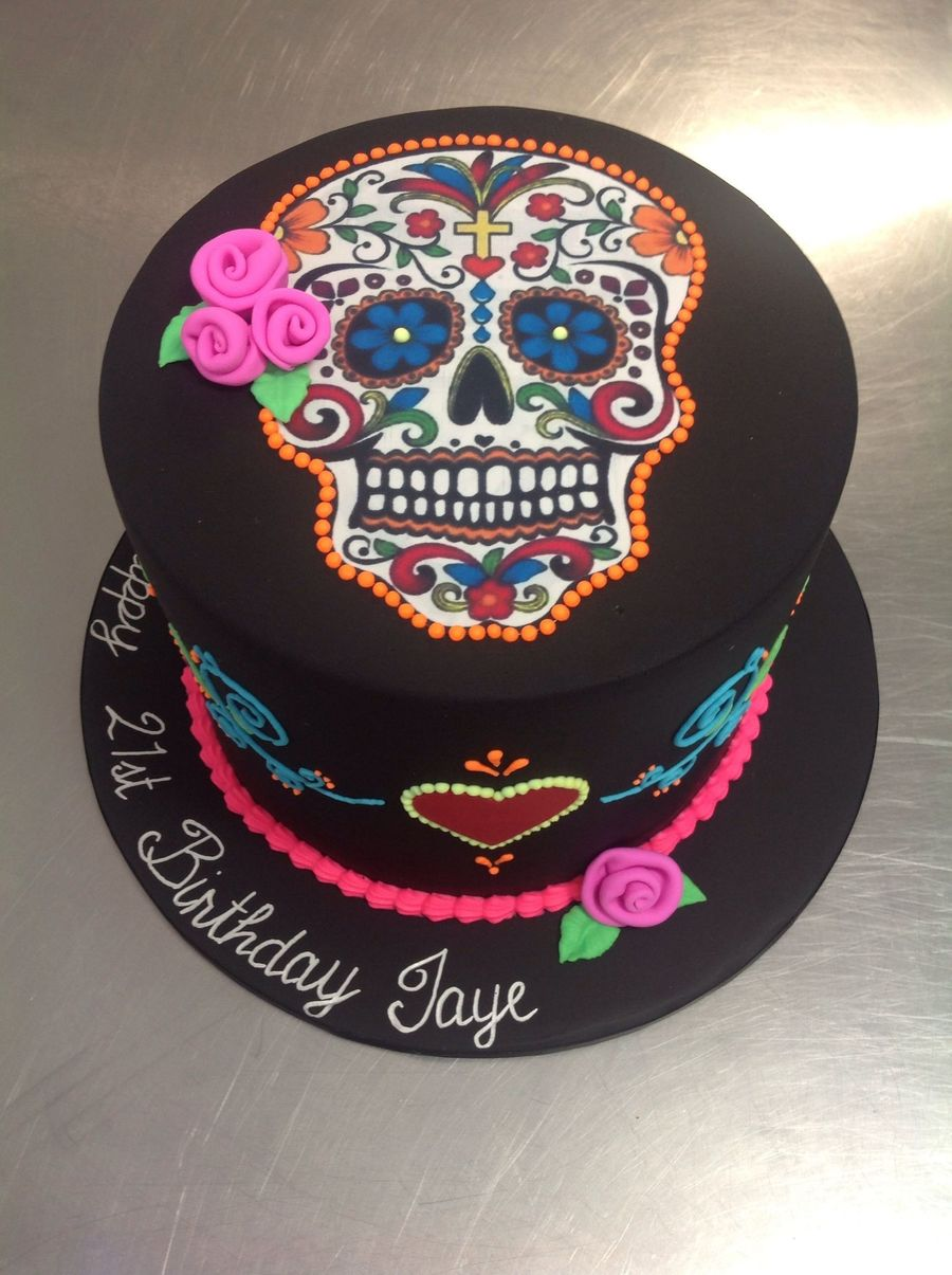 900_824292pocy_day-of-the-dead-skull-halloween-theme-cake