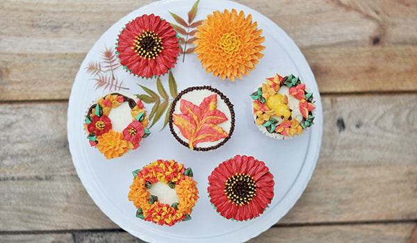 Autumn bloom buttercream cupcakes