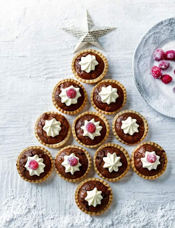BROWNIE MINCE PIES_560_730_215983d419e24fe2caabaa9a55d3997f