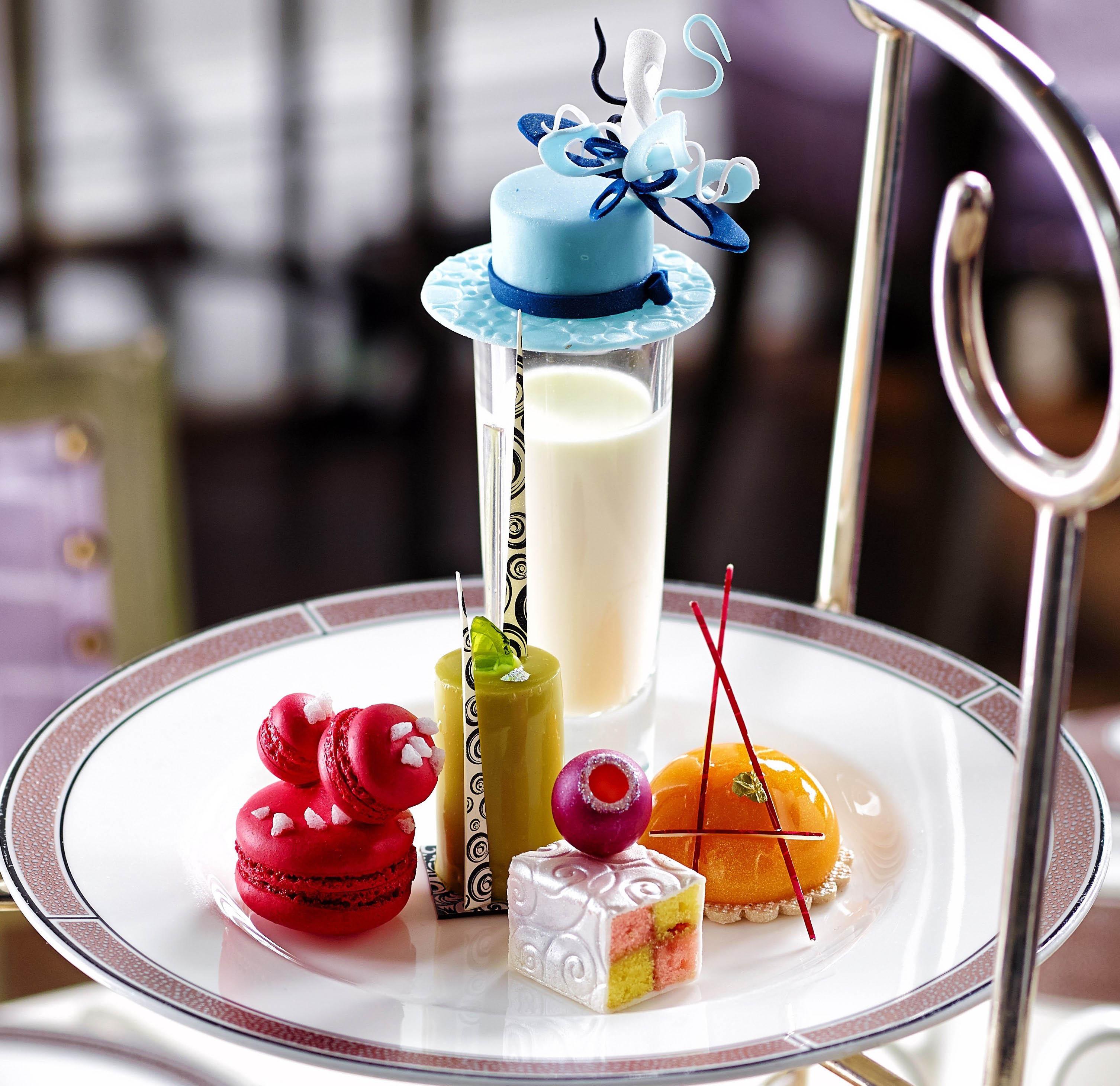 Cherish Finden miniature cakes