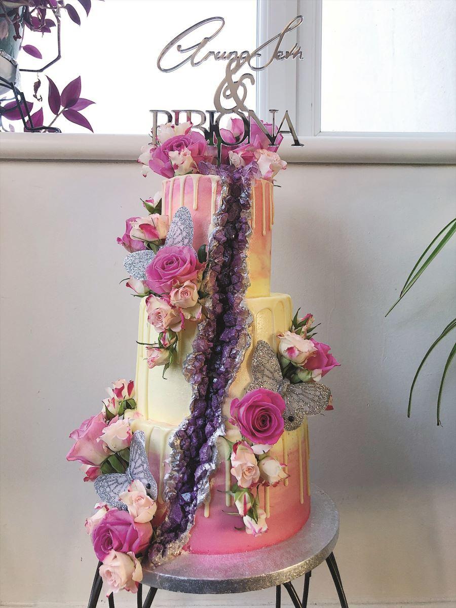 Lissielou custom cake purple