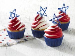 fnm_070115-stars-and-stripes-cupcakes-recipe_s4x3-jpg-rend-snigalleryslide