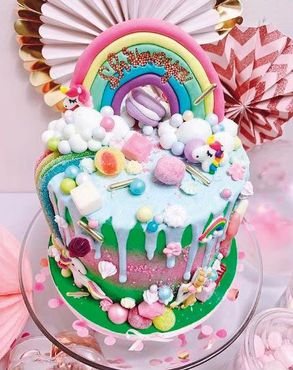 Heeny Cakes rainbow and unicorn cake design