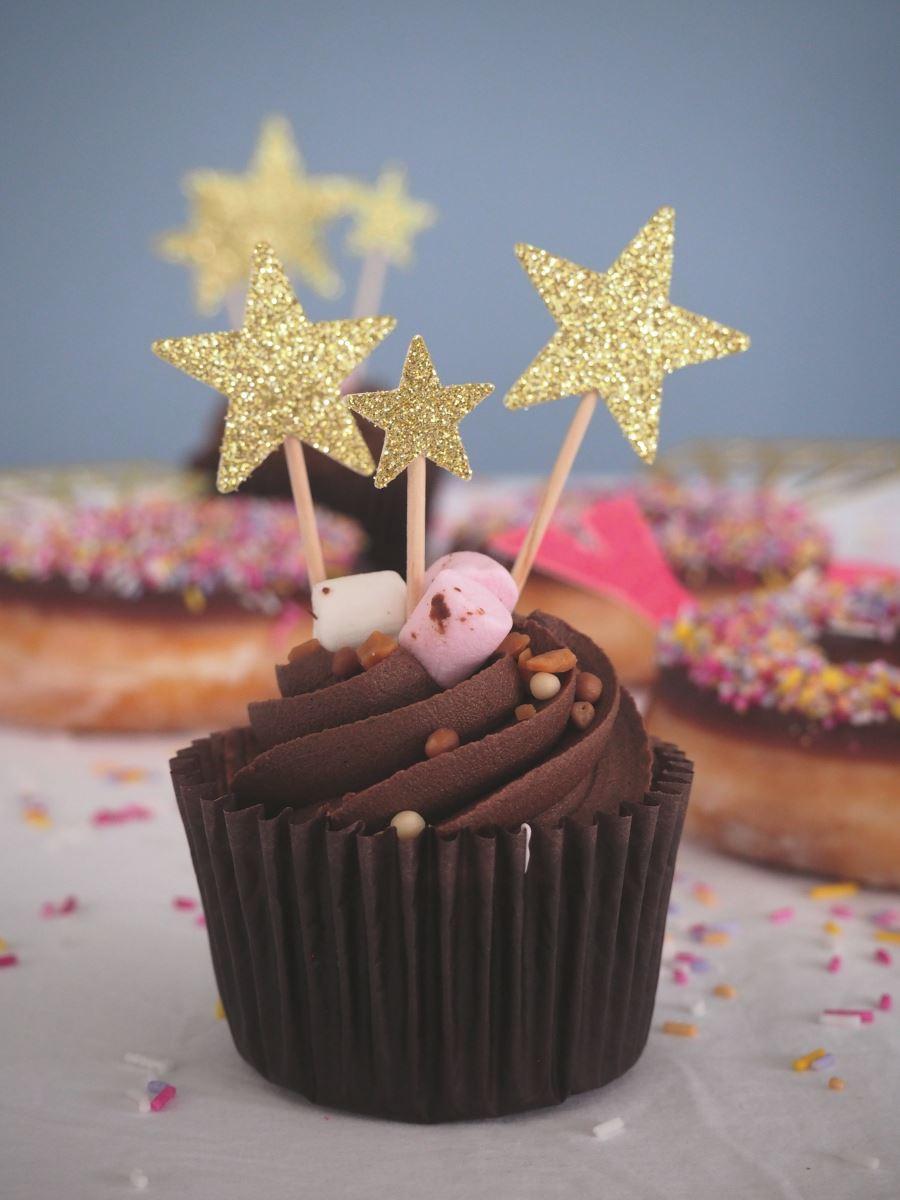 Lissielou gold cupcake