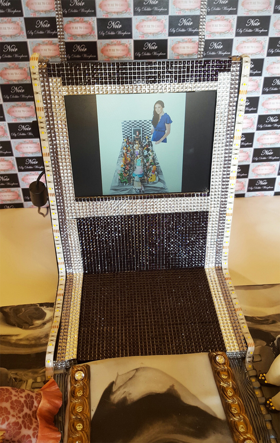 most expensive cake - LED screen