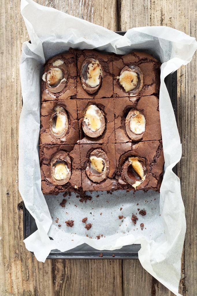 cadbury-creme-egg-brownies-scrumptious-recipe-1