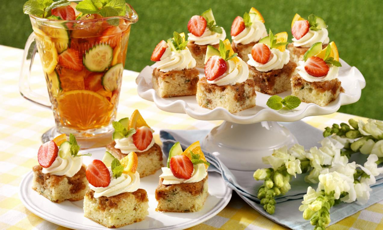 Dr Oetker's beautifully fruity Pimm's cake bites