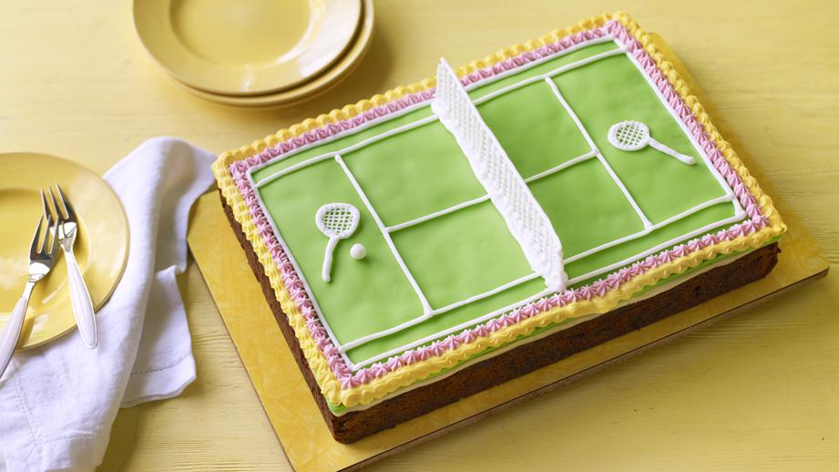 Mary Berry's tennis cake, shaped like a tennis court