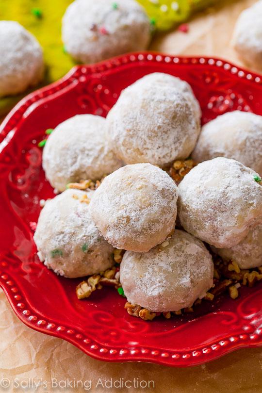 toasted-pecan-snowballs