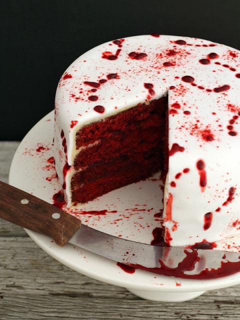 vampire-red-velvet-halloween-cake-13