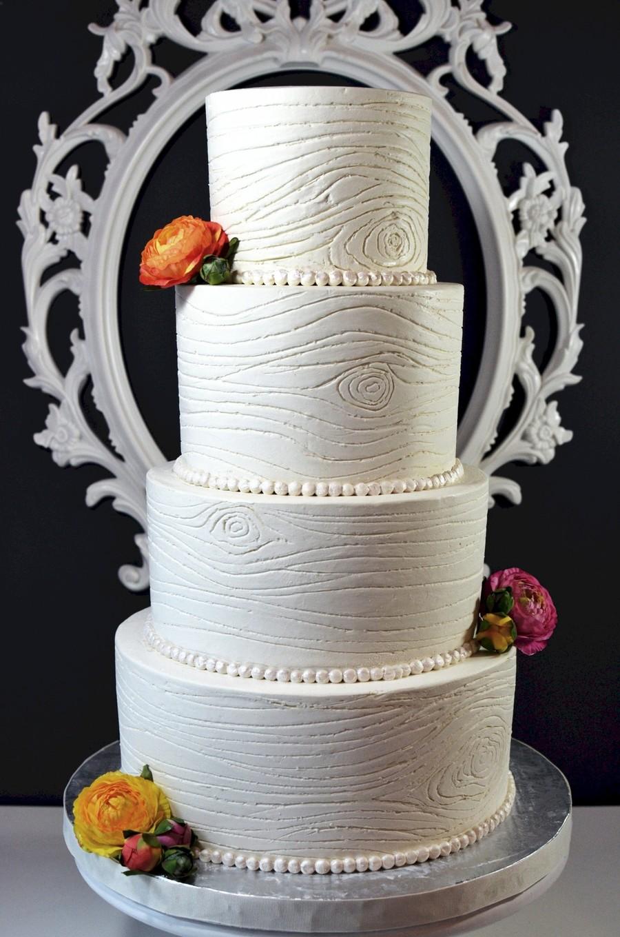 900_67439163fq_buttercream-woodgrain-wedding-cake