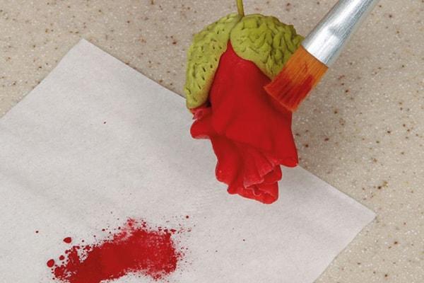 Sugarpaste poppies step 15