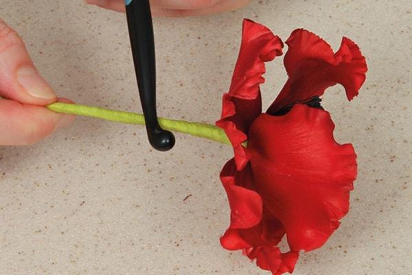 Sugarpaste poppies step 22