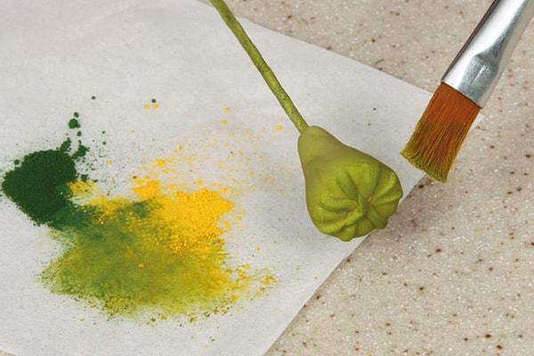 Sugarpaste poppies step 5