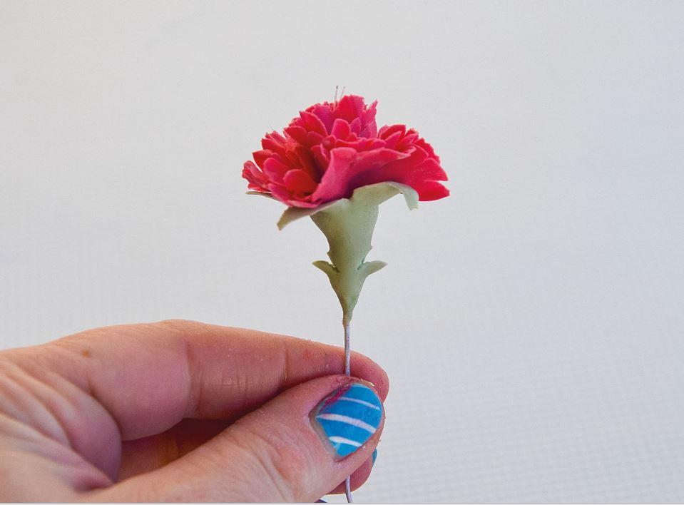 Sugarpaste Carnations step 12