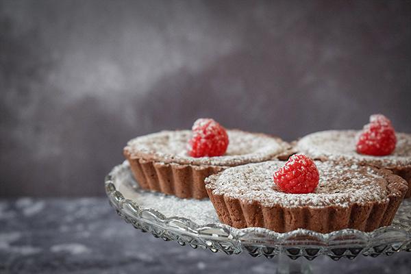 Chocolate fudge tarts