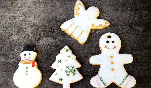 preparing christmas desserts