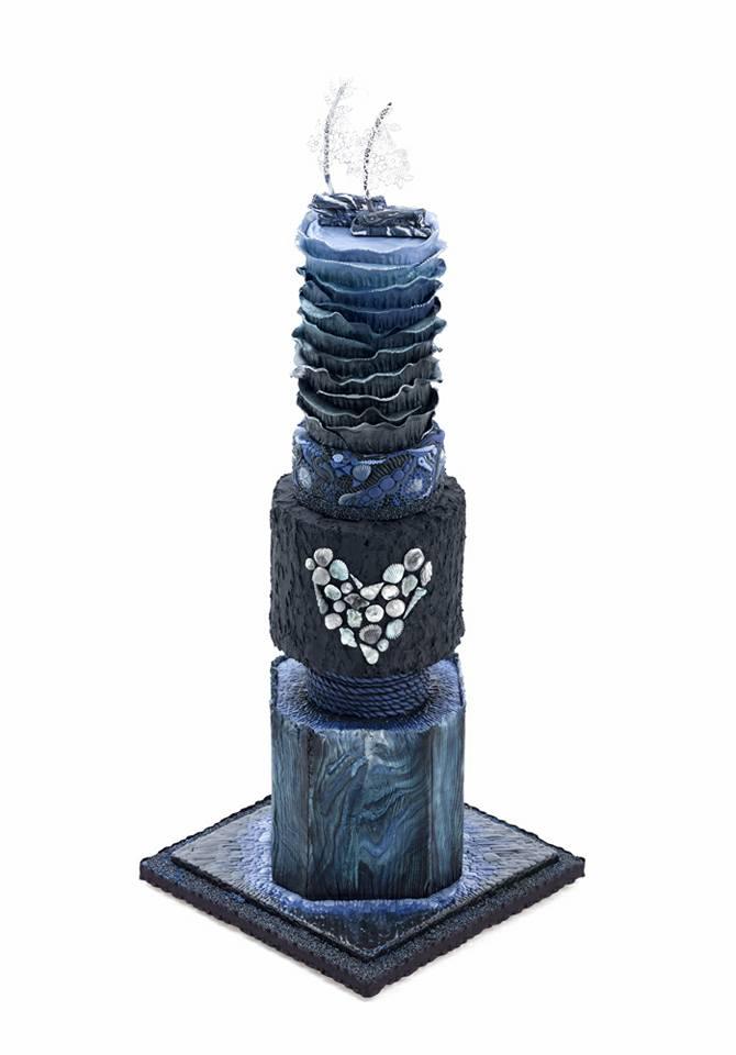 Jacqui Kelly black nautical cake
